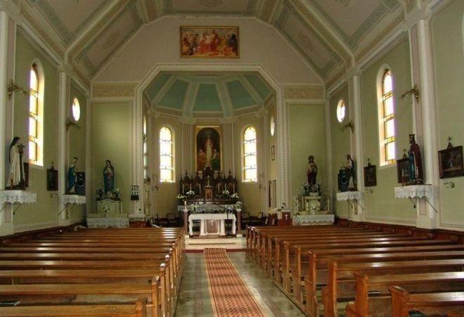 Biserica romano-catolic_, Petreu-interior-Monospetri Kato_likus templom